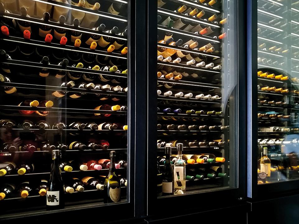 refrigerated-wine-cellars-cabinets-aurora_capri