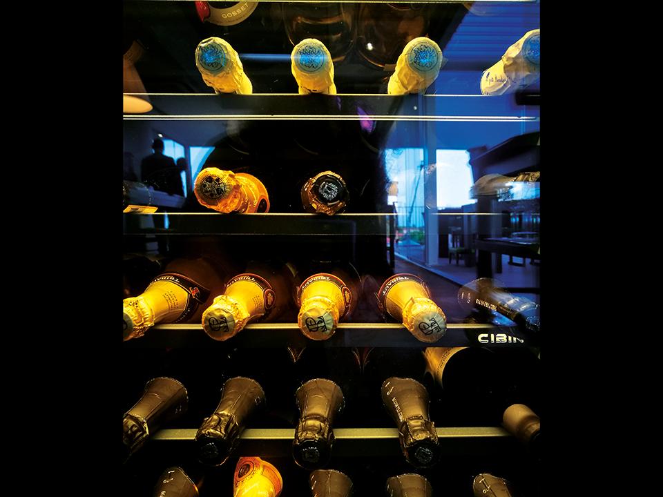 refrigerated-wine-cellars-cabinets-CIBIN