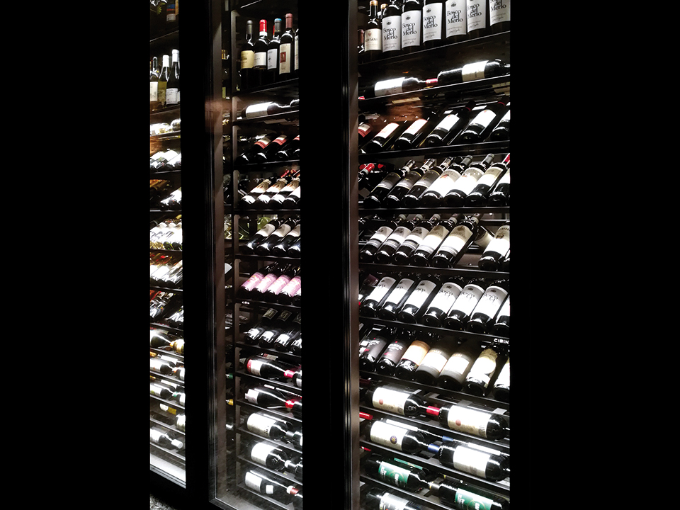 refrigerated-wine-cellars-cabinets-brasilia_jesolo
