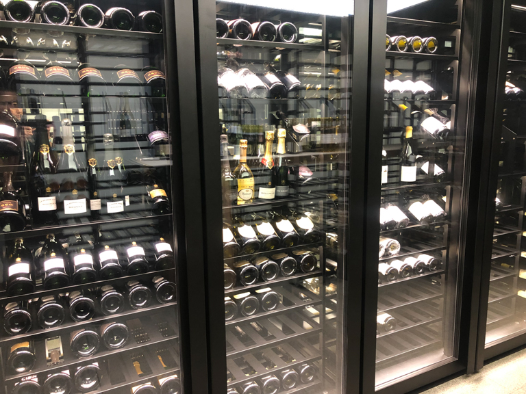refrigerated-wine-cellars-cabinets-dorchester-4