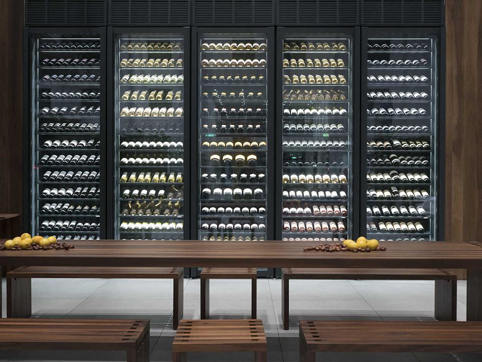 refrigerated-wine-cellars-cabinets-estrel_01