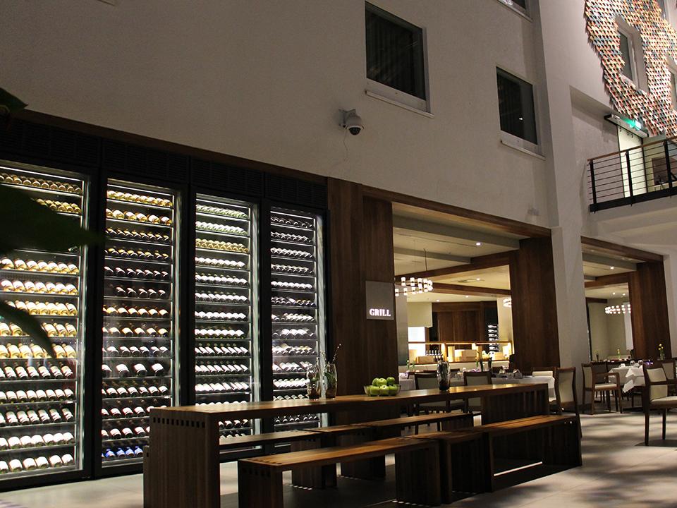 refrigerated-wine-cellars-cabinets-estrel_09