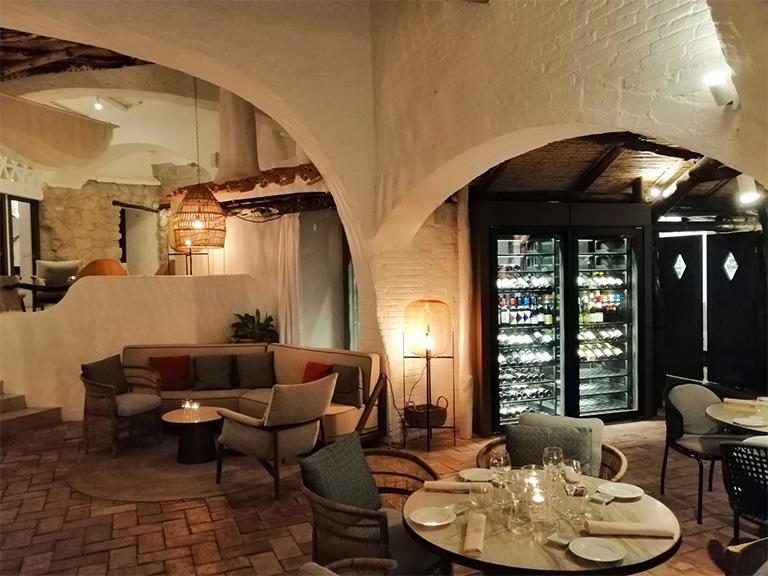 refrigerated-wine-cellars-cabinets-porto-cervo-07