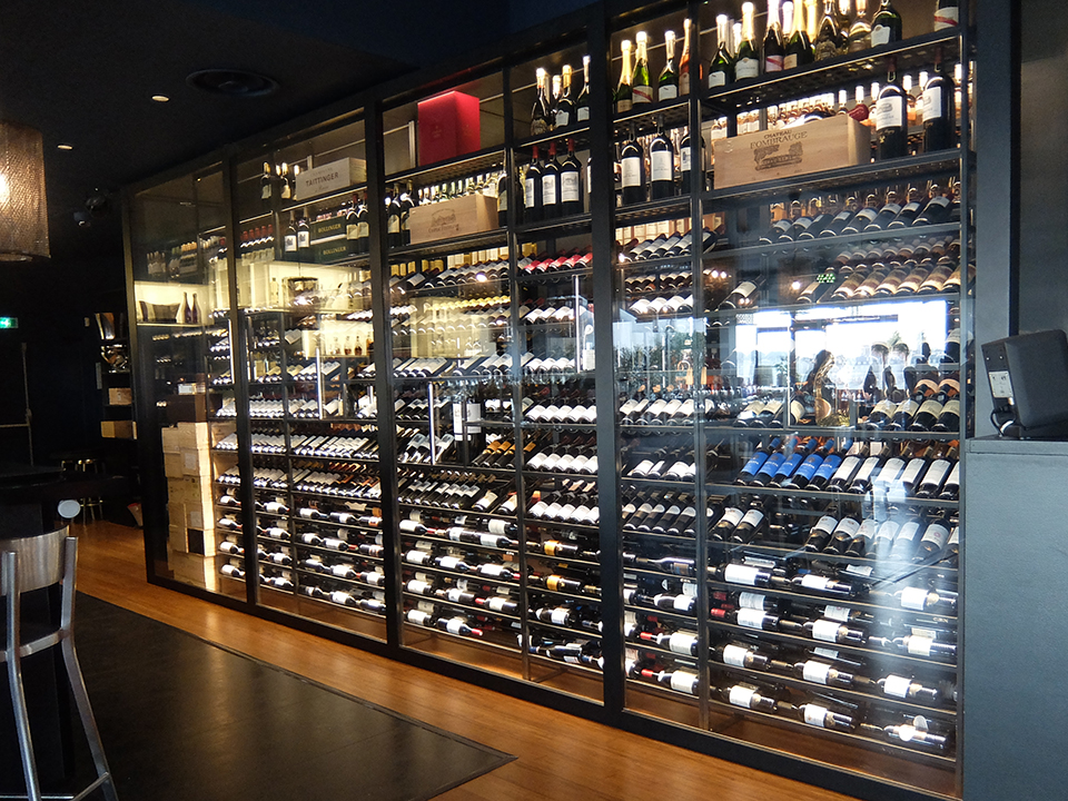 refrigerated-wine-cellars-cabinets-siman_bordeaux_05