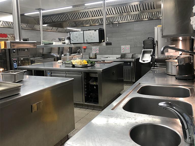 multi-compressor-pack-system-refrigeration-kitchens_dorchester-cibin-03